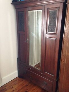 Beautiful solid timber wardrobes Adamstown Newcastle Area Preview