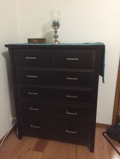 Six drawers solid timber want to sale asap  Willoughby Willoughby Area Preview