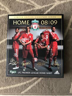 Liverpool home 08/09 signed jersey
