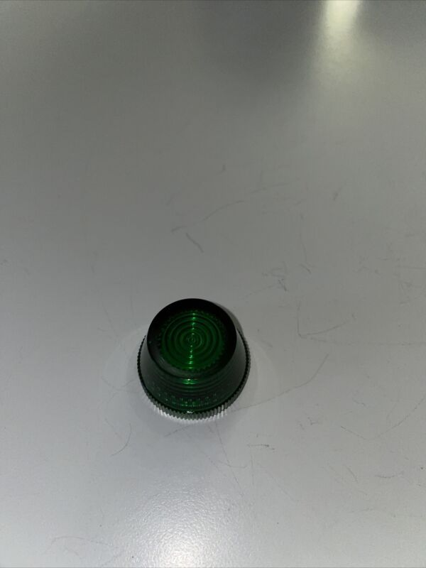 NEW Allen Bradley 800T-N26G Acrylic Lens Green