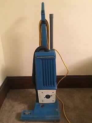 Windsor Industrial Vacuum Works Great