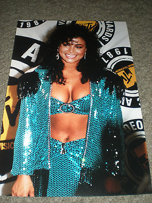 PAULA ABDUL - COLOR PHOTO - MTV VMAS