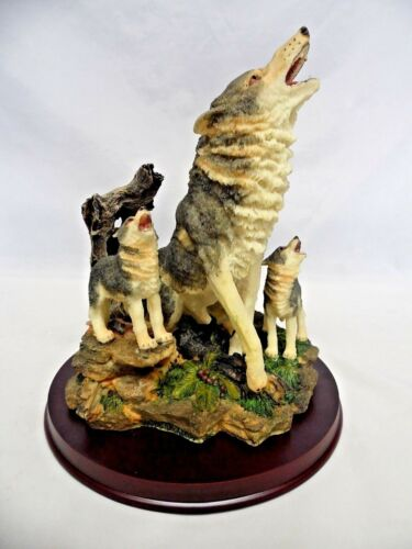 """Howling Wolf with 2 Cubs Resin Statue Figurine 9"""""""