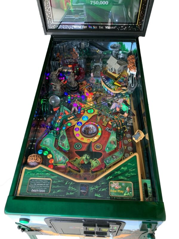 The Wizard of Oz (Emerald City – Limited Edition) Pinball Machine - #469 of 1000