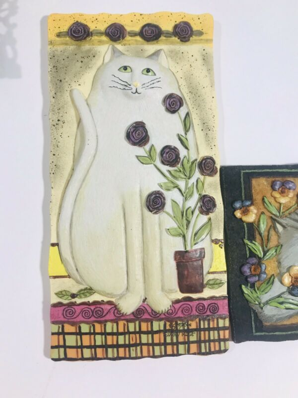 Pair E Smithson Signed Cat Wall Hanging Resin Plaques Buttercup Pansy Snow Rose