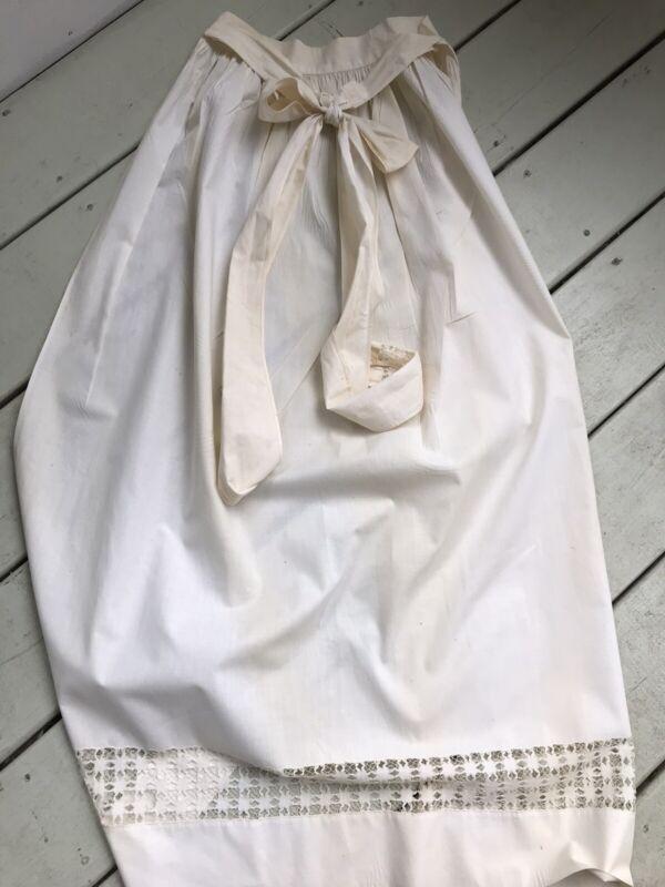 Vintage Long White Prairie Apron Pulled Thread Hem Farmhouse Decor (2)