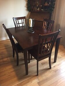 Dark Wood Dining Table w/ 4 Chairs