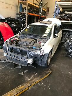 Wrecking 2010 ve sv6 LLT Williamstown North Hobsons Bay Area Preview