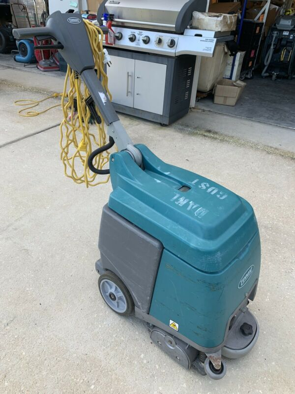 Tennant R3 Compact Extractor Nobles Carpet Cleaner Floor Scrubber