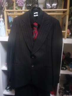 GATSBY OR GANGSTER 3 PIECE SUIT