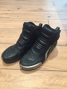 Dainese Men's Motorcycle Boots/Shoes size 8.5men US