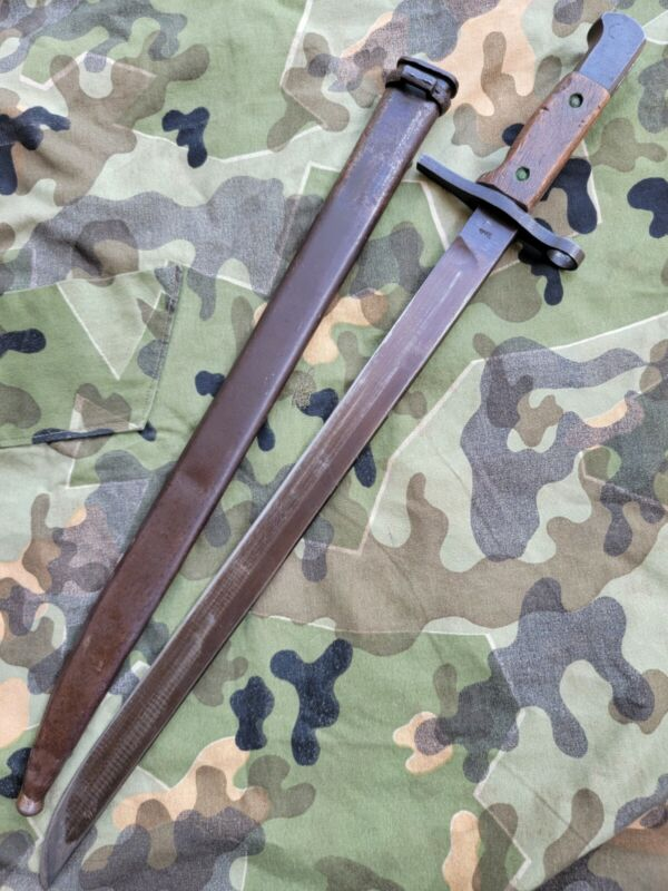 Japanese Type 30 bayonet Arrow M Matsushita Kinzoku KK Arsenal straight  guard