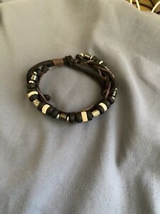Wrist band new in good condition