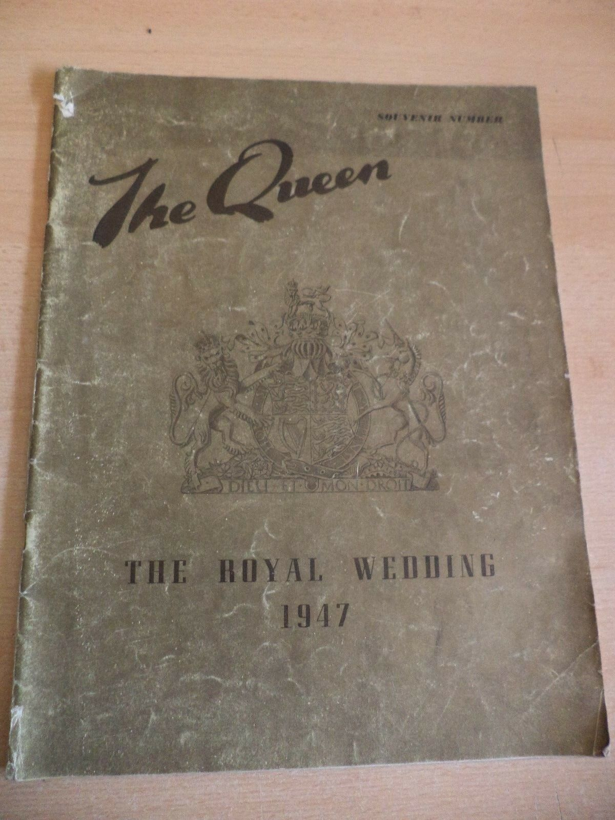 THE QUEEN OLD VINTAGE LADIES MAGAZINE ROYAL WEDDING 1947 PRINCESS ELIZABETH 40S