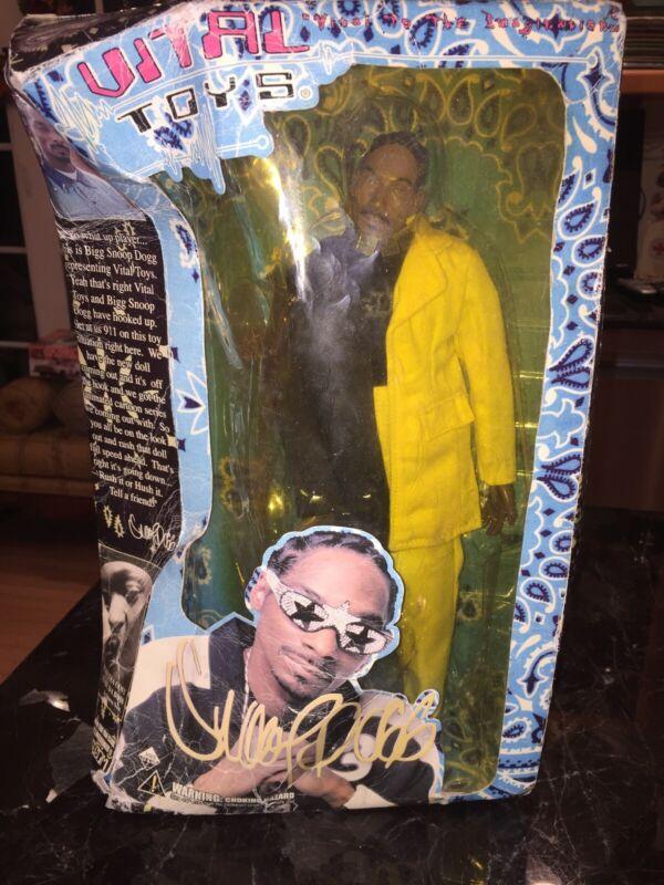 NEW IN BOX SNOOP DOGGY DOGG 13 INCH DOLL HIP HOP ARTIST - 2002 VITAL TOYS