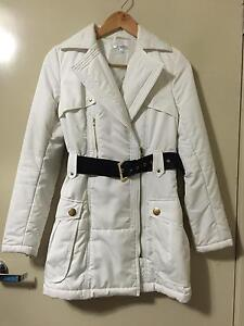Size 6 jacket Corio Geelong City Preview