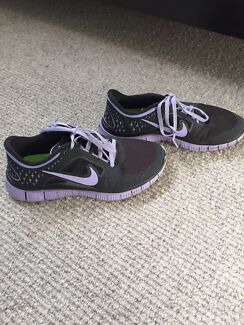 Nike free runners women Coburg North Moreland Area Preview