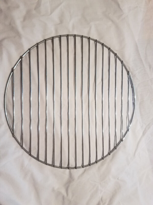 """2 NEW ROUND GRILL GRATES 15.5"""" BRINKMANN SMOKER (INCLUDES 2 GRATES)"""