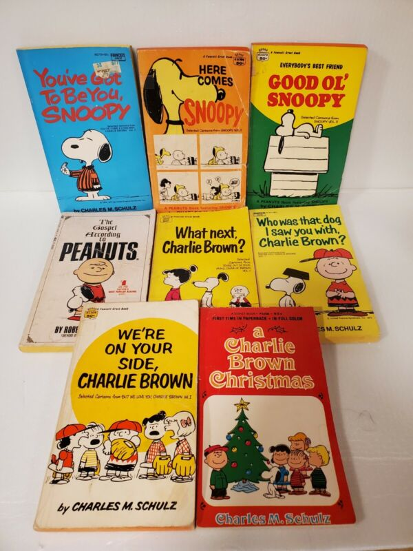 Lot Of 8 Charlie Brown Snoopy Peanuts Books Soft Cover