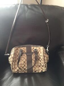 BNWT COACH SIGNATURE STRIPE NANCY SATCHEL
