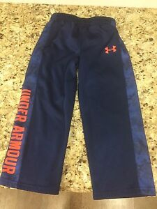 4T Under Armour pants. Like new.