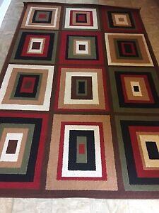 5'x9' Multi Color Rug