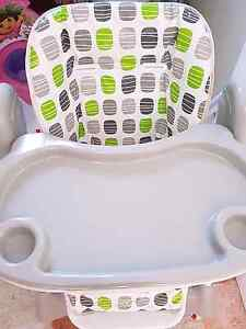 baby bunting adjustable height high chair Coogee Eastern Suburbs Preview