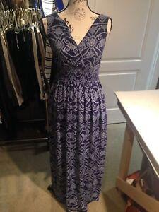 Joe Fresh ladies maxi dress size small