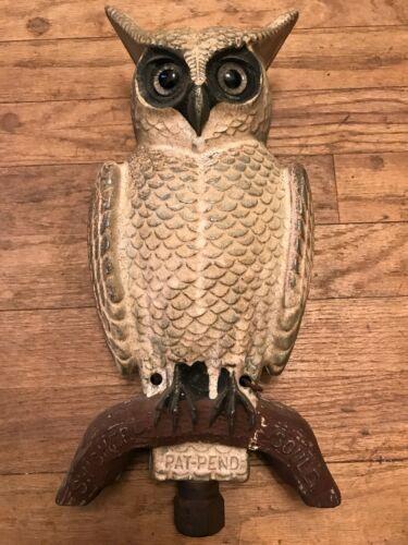 Vintage Swisher Soules Aluminum Owl Decoy GLASS EYES 2-Sides Decatur, Illinois