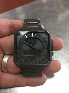 Montre pour homme Nixon  model jump the platform