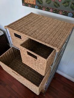 Wicker tallboy 6 drawers