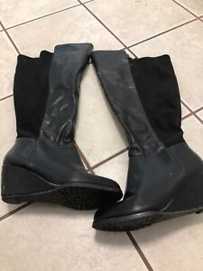 Ladies tall wide calf boots size 8.5