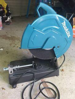 2200 Watt Makita Abrasive Metal Cut off saw