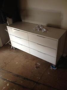 Chest of drawers Buninyong Ballarat City Preview