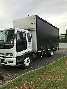 10 PALLET  WITH 1.5TbTAIL LIFT TRUCK FOR HIRE Ipswich Ipswich City Preview