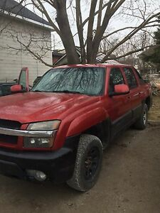 2002 Chevy Avalanche NEED GONE