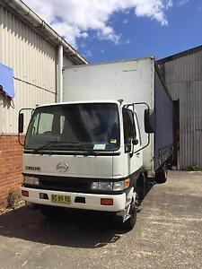 2000 Hino GD 1J - 10 Pallet Truck Punchbowl Canterbury Area Preview