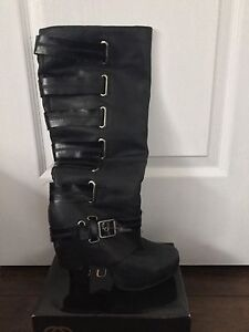 JESSICA SIMPSON Black Leather Platform  Boots sz, 8.5/38.5