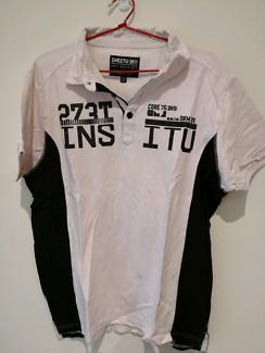 White/pink Black t-shirt
