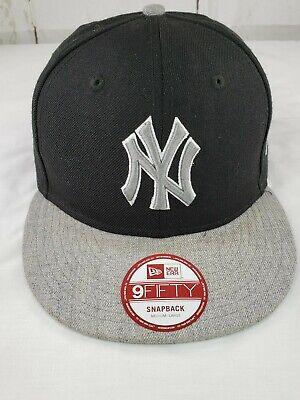 New Era 9Fifty New York Yankees Black Gray Trucker Hat Snapback Baseball (New Era New York Yankees Trucker Cap)