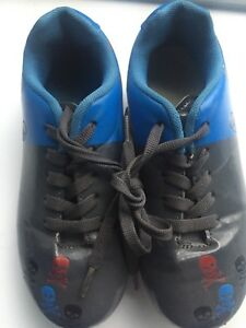 Child cleats size 1
