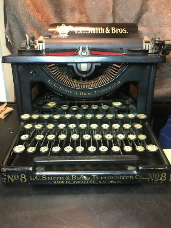 Antique L.C. Smith&Bros Typewriter Co.No.8. Serial No.330039-8.Amazing Condition