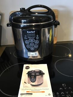 Pressure cooker, Multifunction, in great condition.