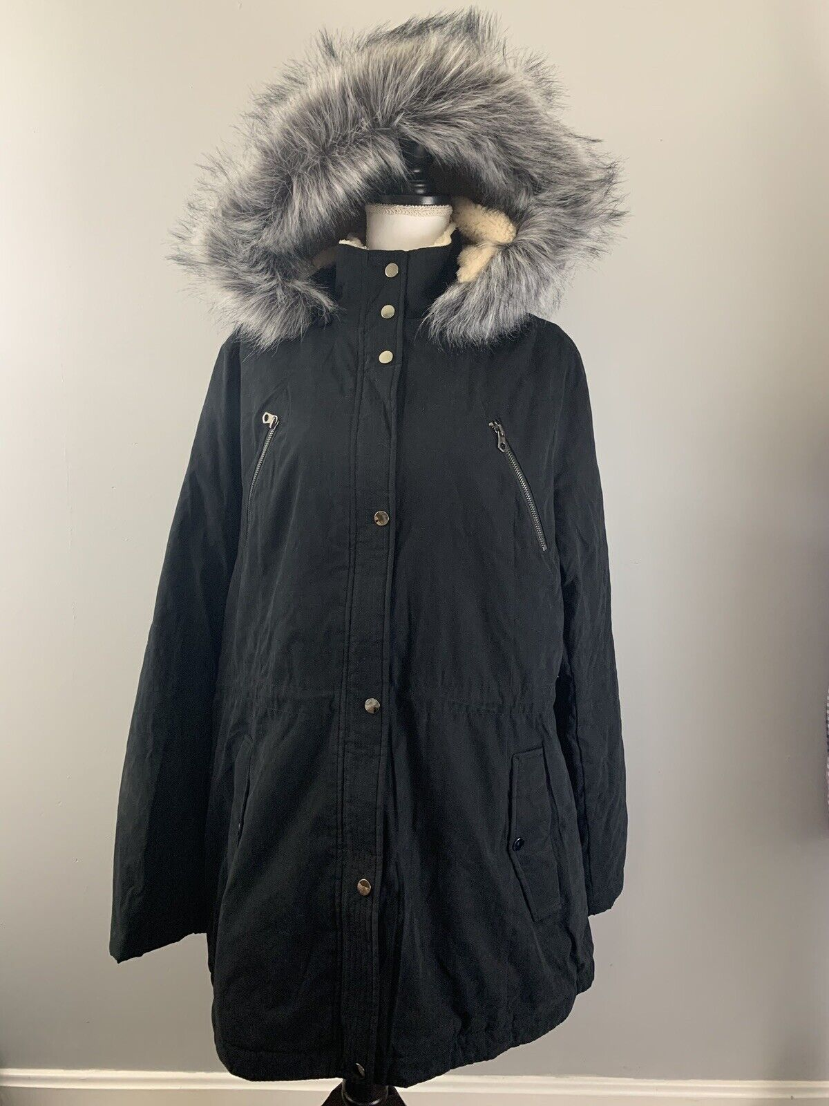 LIZ CLAIBORNE NWT $200 Winter Coat Black Removable Faux Fur