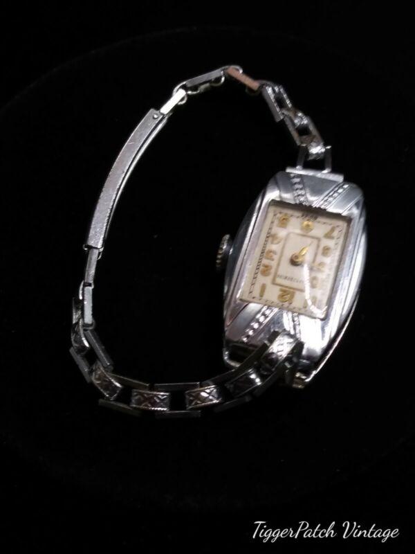 """30s Ladies Buren """"Grand Prix"""" Art Deco Wristwatch (Working)"""