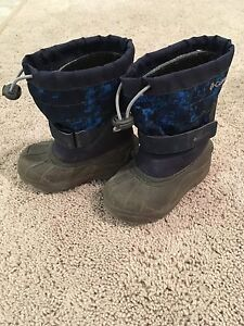 Columbia snow boots and snow pants for 3-4 yr toddler