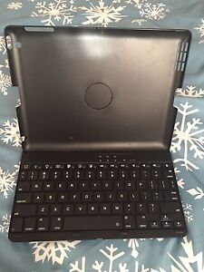 Bluetooth iPad case and keyboard