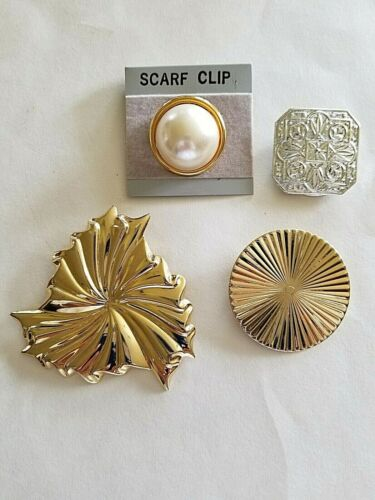 Lot of 4 Scarf Clips