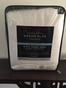Wamsutta Dream Zone White Goose Down Full/Queen White Comforter