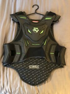 Icon Stryker protectant motorcycle vest-size S-M